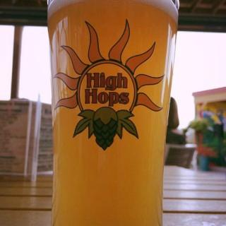 ‪High Hops Brewery‬