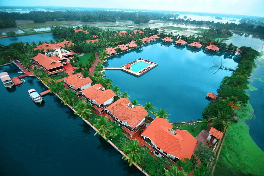 ‪Lake Palace Resort‬