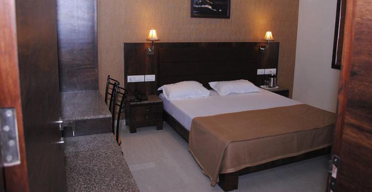Hotel Radhe