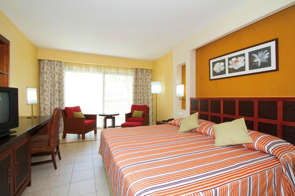 巴拉德羅盛大回憶酒店