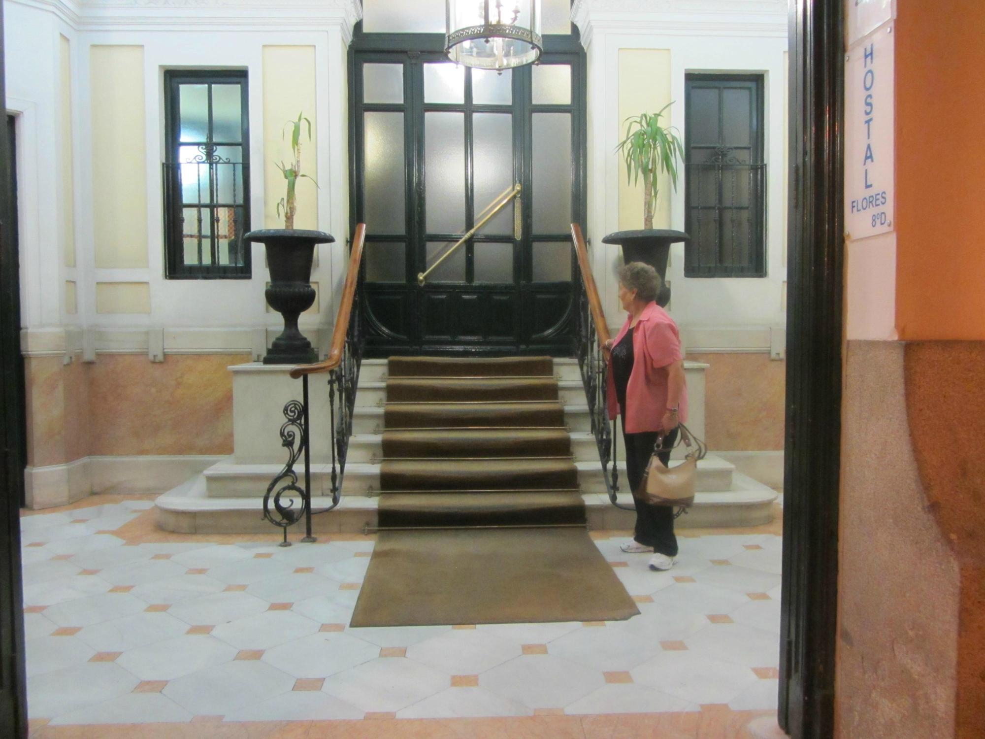Flores Hotel