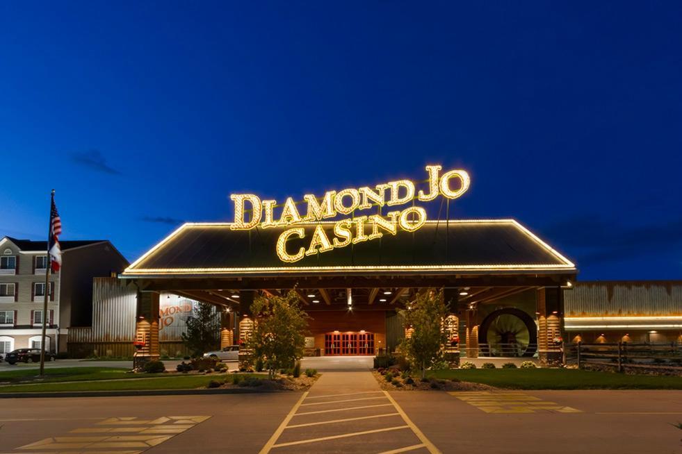 Hotels near diamond jo casino harrington de casino