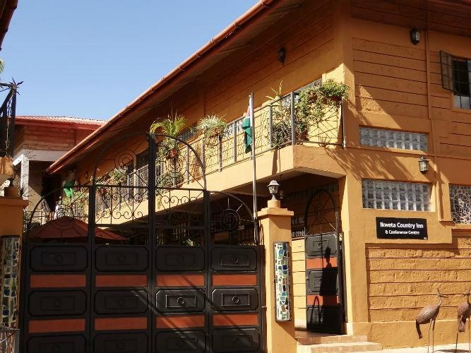 Ikweta Country Inn