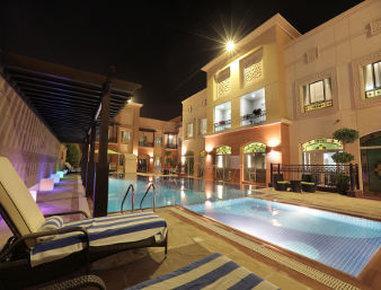 라마다 호텔 & 스위트 라스 알 카이마
