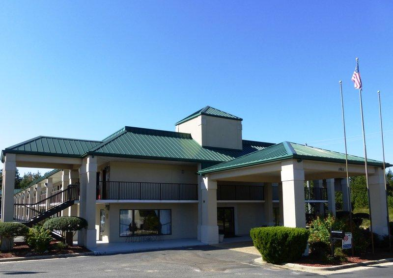 Red Roof Inn Fayetteville I 95   UPDATED 2017 Prices U0026 Hotel Reviews (NC)    TripAdvisor