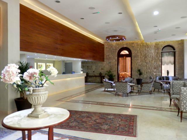 水晶格蘭卡德里飯店