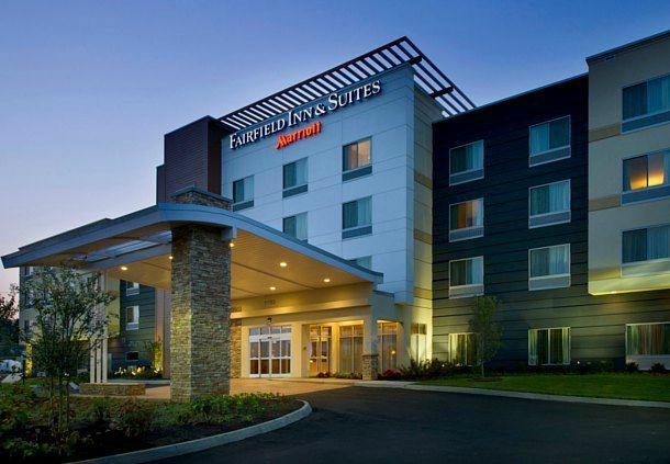 hotel in fayetteville north carolina: