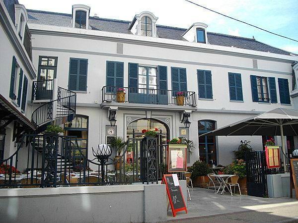 Hotel de Paris et Poste