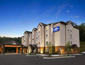 Microtel Inn & Suites by Wyndham Sylva Dillsboro Area