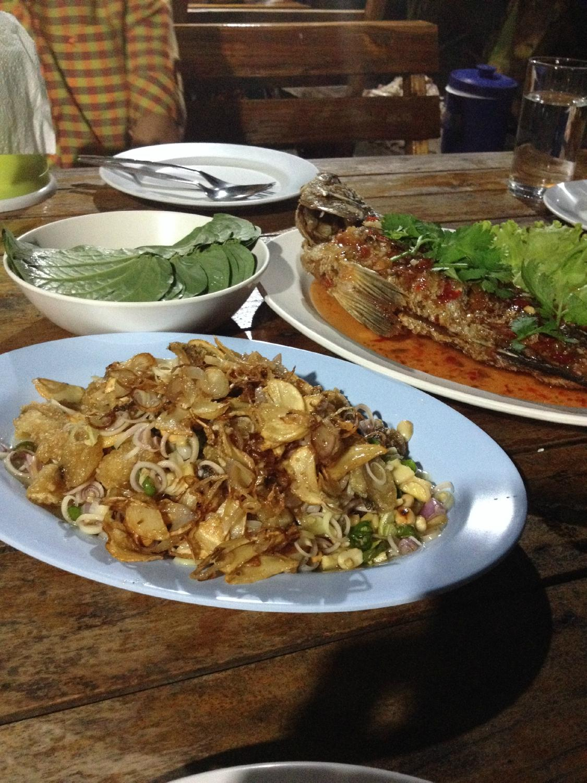 Hat Ploy Dang Seafood