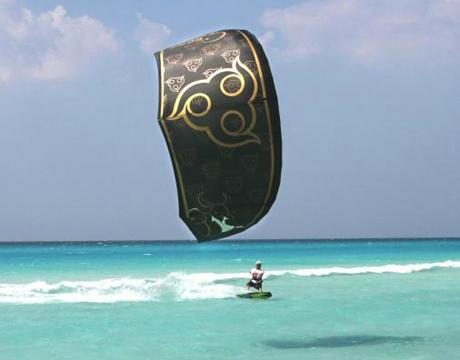 CBCM Boarder Club Kitesurf & Sailing School
