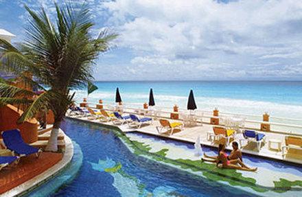 Mia Cancun