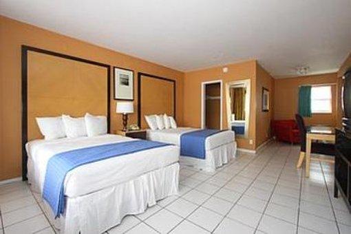 Tropic Cay Beach Resort