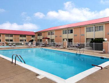 Ramada Bowling Green 56 7 1 Updated 2017 Prices Hotel Reviews Ky Tripadvisor