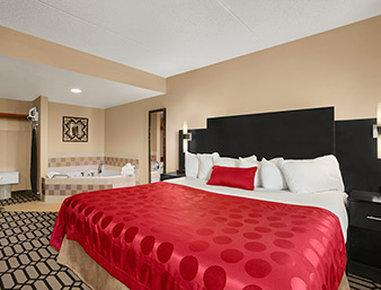 Delta Hotels by Marriott Fargo