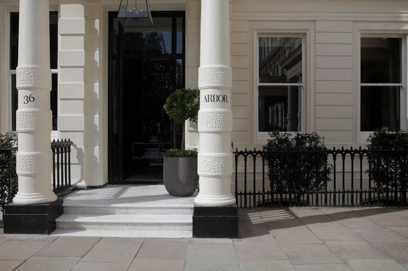 ロンドン ガード ホテル