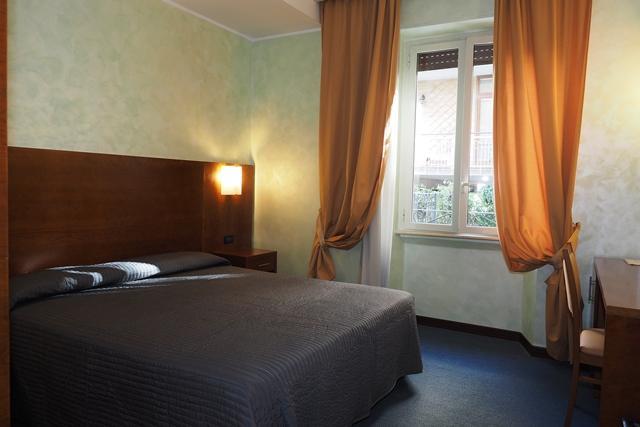 オシマール ホテル