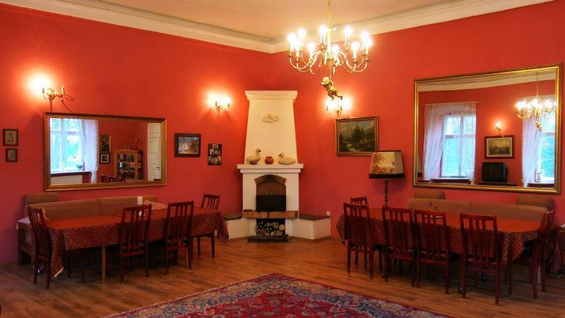 Jastrowiec Palace