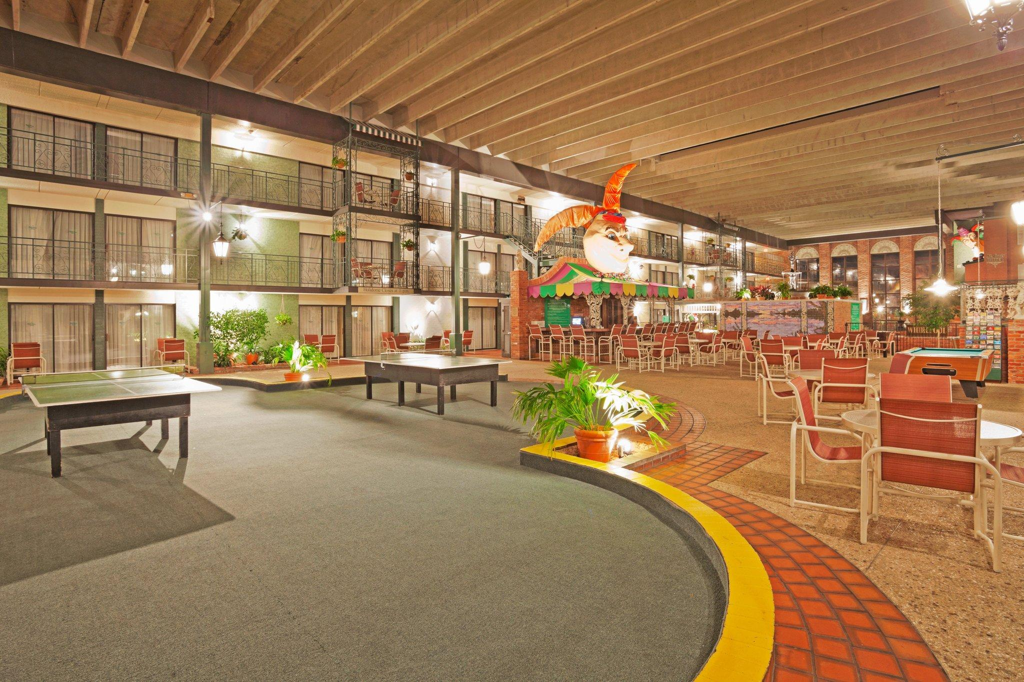 Holiday Inn Perrysburg - French Quarter