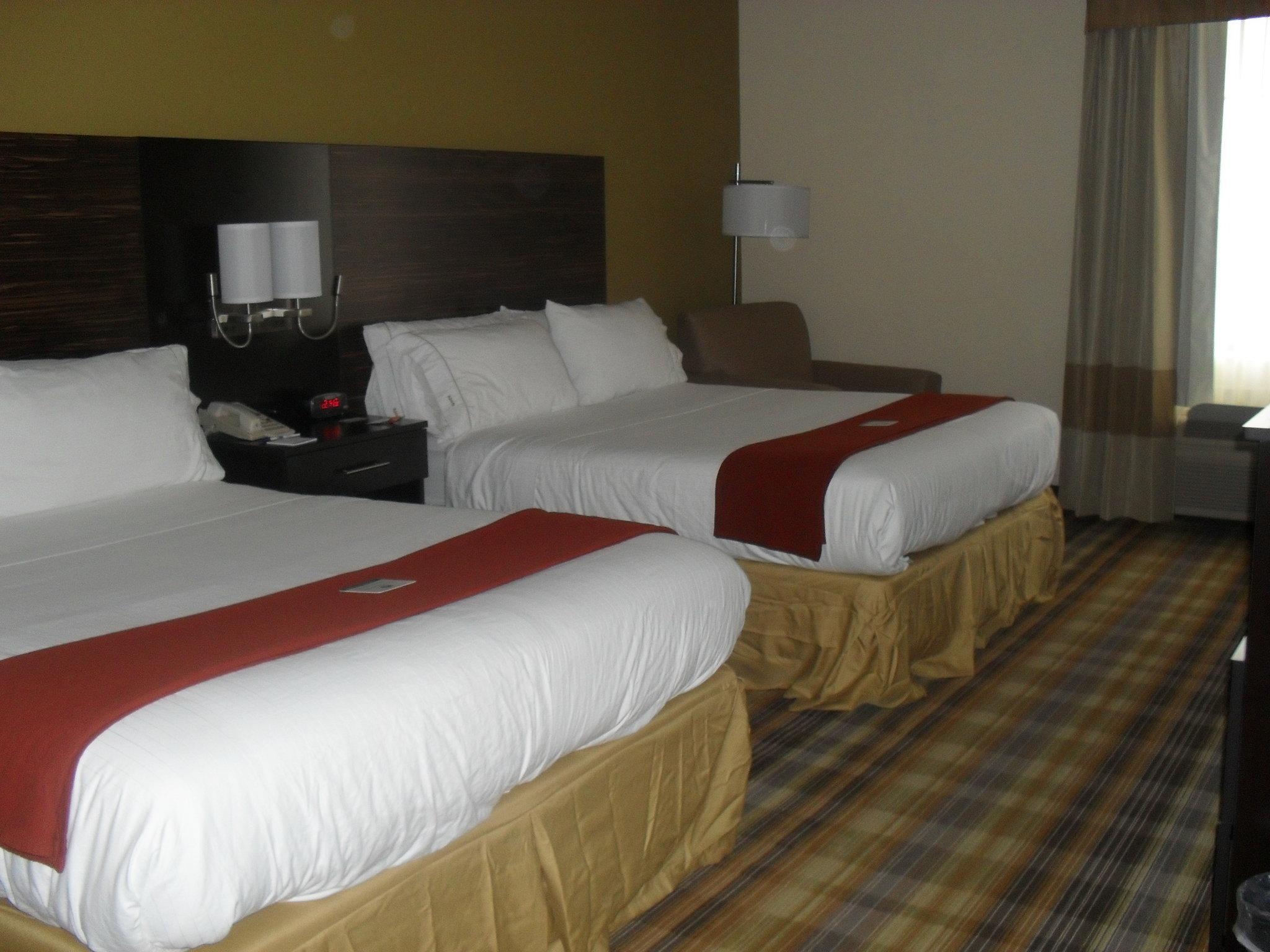Holiday Inn Express Grove City
