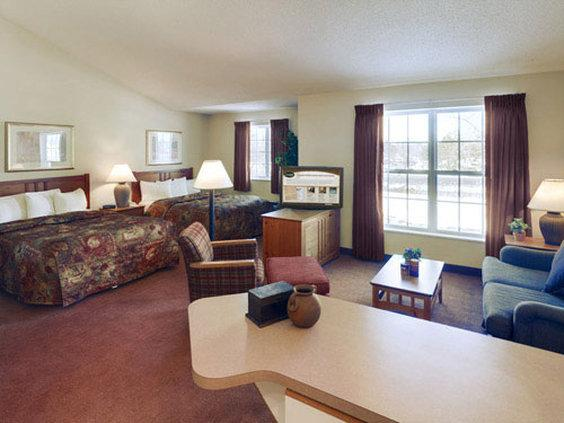 CrestView Suites Wichita