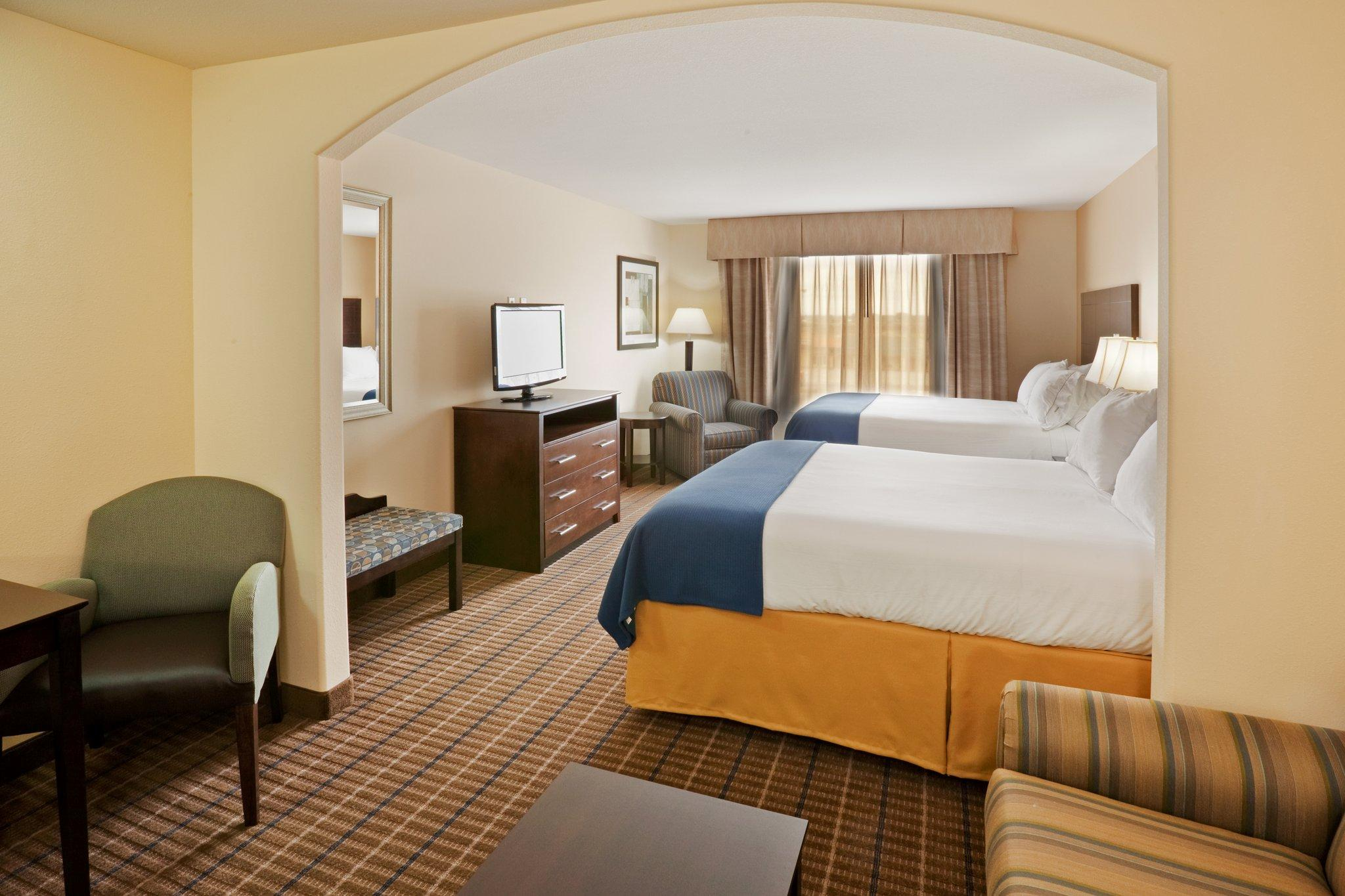Holiday Inn Express Hotel & Suites Pauls Valley