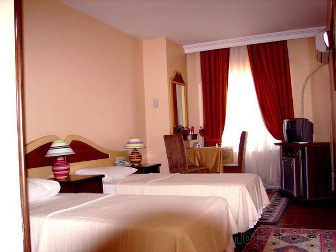 호텔 델타 이스
