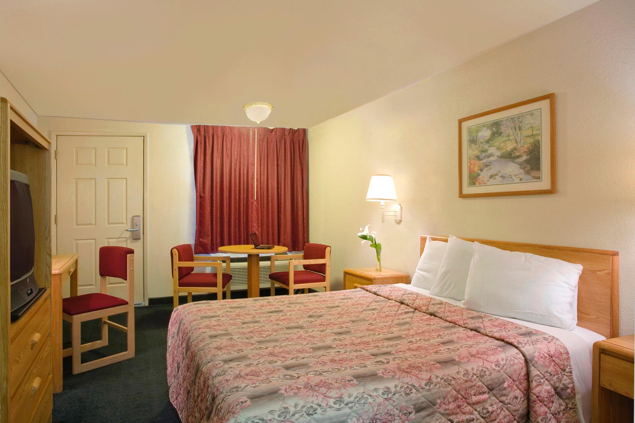 Americas Best Value Inn- Turlock Inn