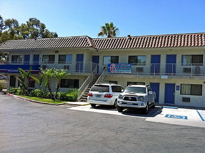 Motel 6 UC Riverside