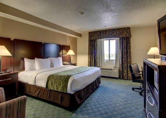 Comfort Inn & Suites Robins AFB