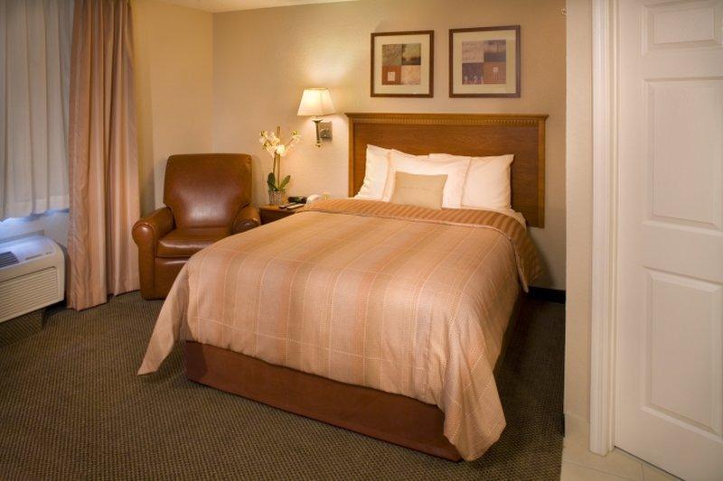 Candlewood Suites Enterprise
