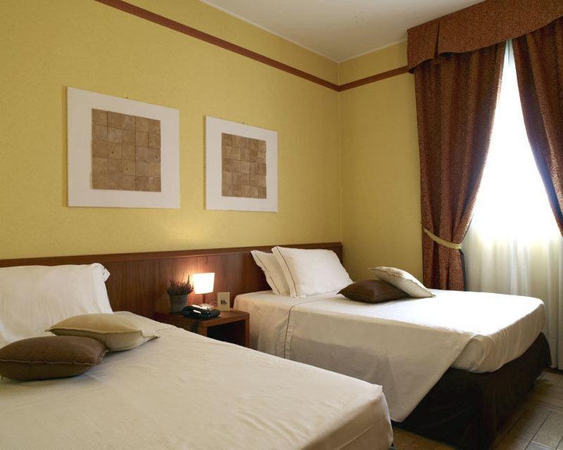 Montini Hotel