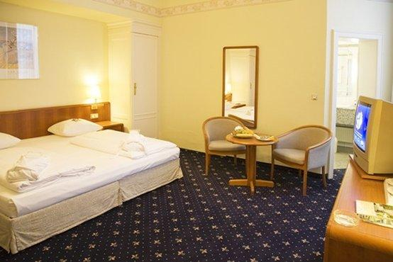 Monopol Hotel Frankfurt