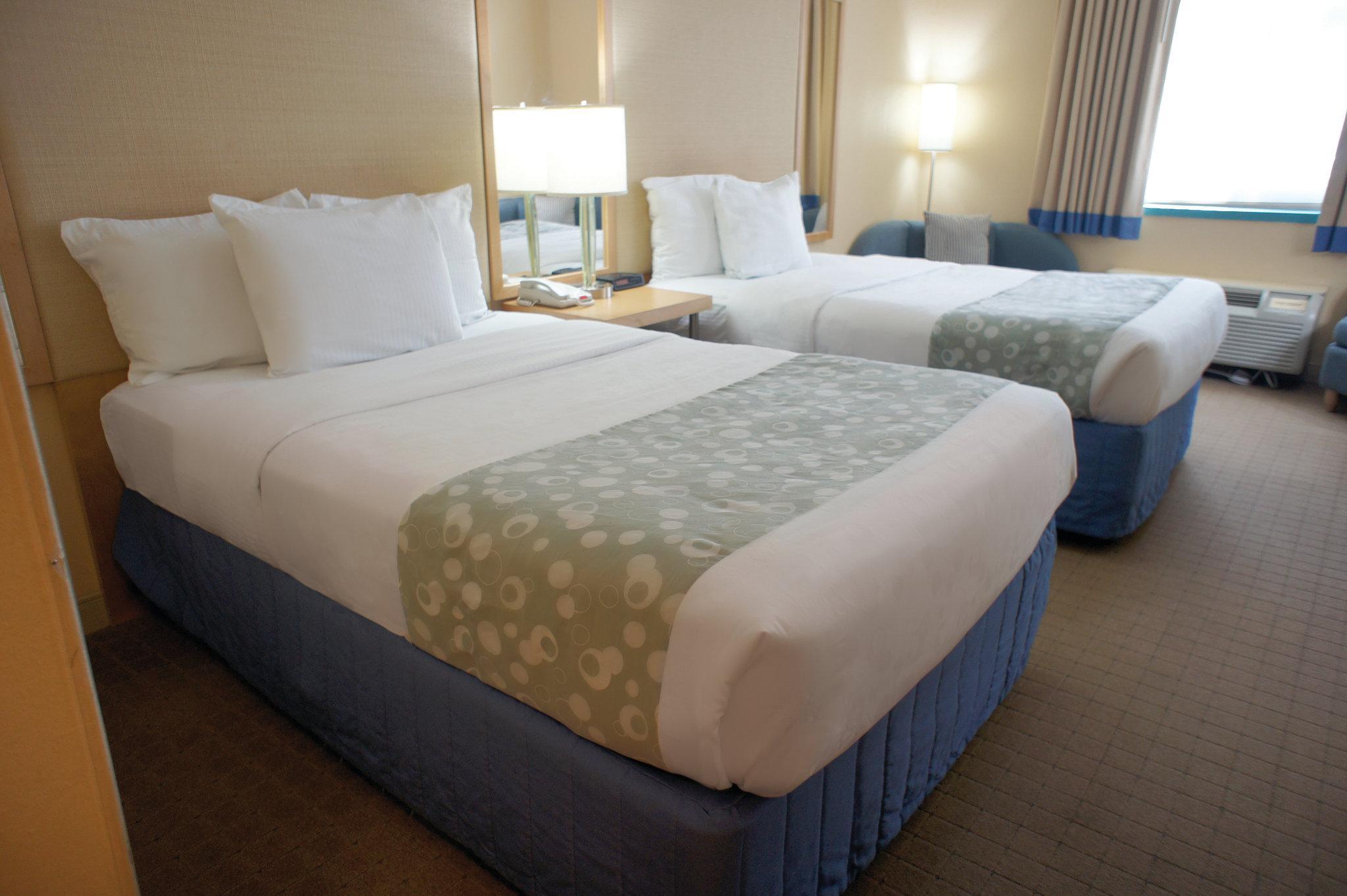 La Quinta Inn & Suites Plantation at SW 6th St