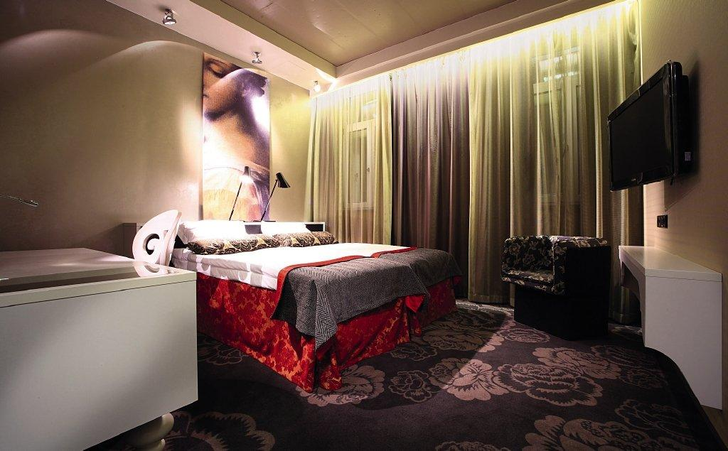 Radisson Sonya Hotel