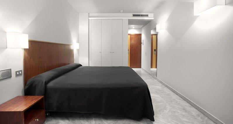 ホテル オニキス フィラ