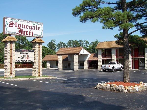 Stonegate Inn