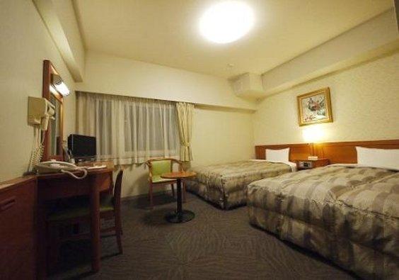 Hotel Route Inn Yokohama Bashamichi