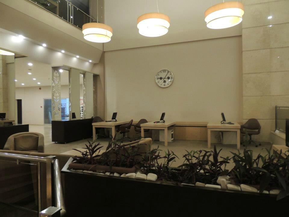 Akdeniz restaurant antalya eski lara yolu dedeman for Akdeniz turkish cuisine