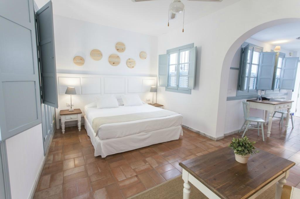Apartamentos - Suites Santa Cruz