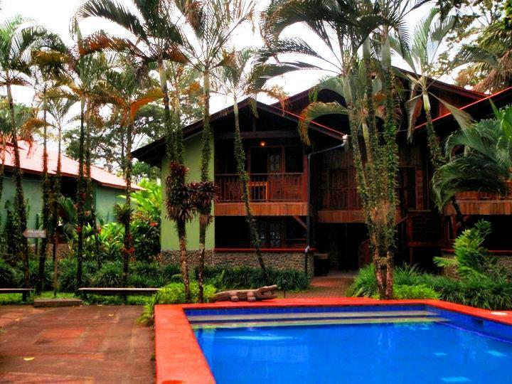 Hotel Rústico de Playa Perla Negra