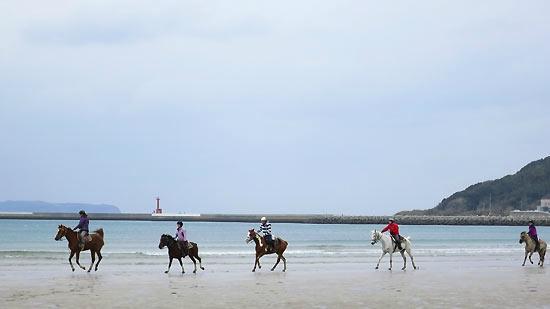 Tsuyazaki Beach