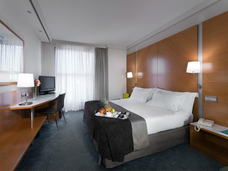 โรงแรมซิลเคน ปัวร์ตา แคสทิลล่า