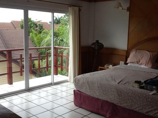 Thong Peka Hotel