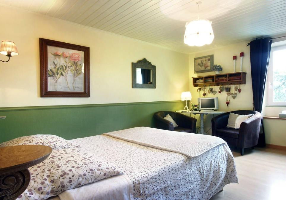 Chambres d 39 hotes ti ar yer b b reviews price for Chambre d hote brittany