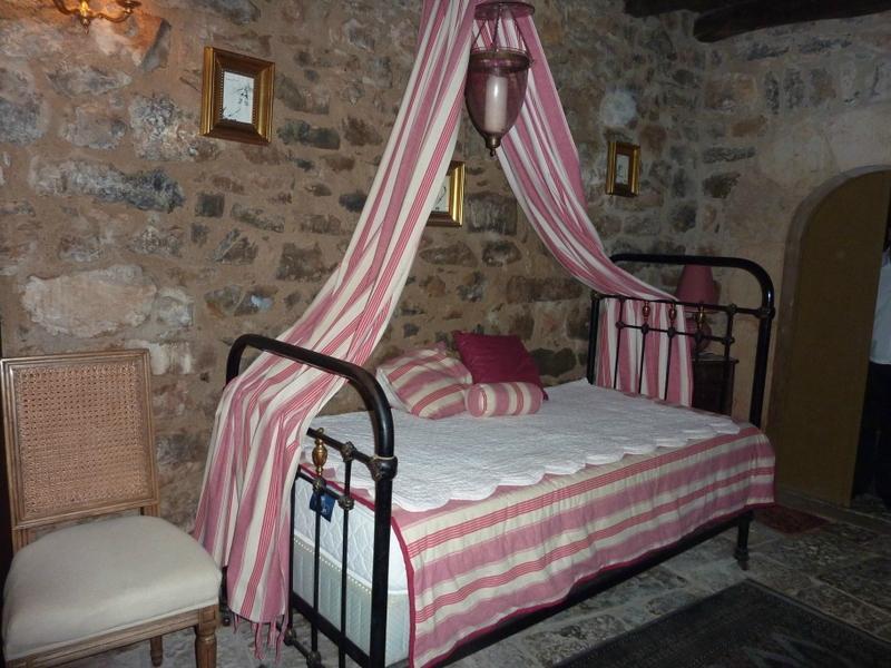 克洛斯城堡酒店