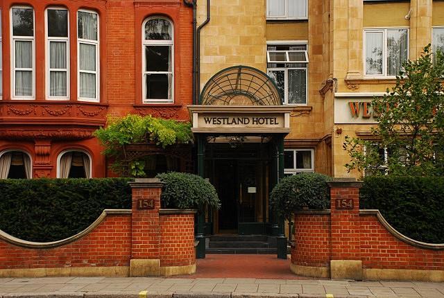 ウエストランド ホテル