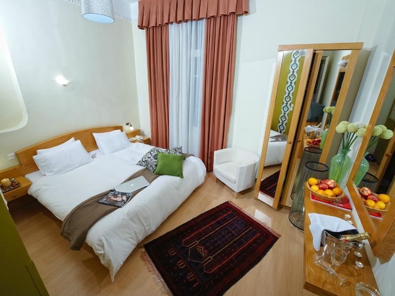 Hotel Kinissi Palace