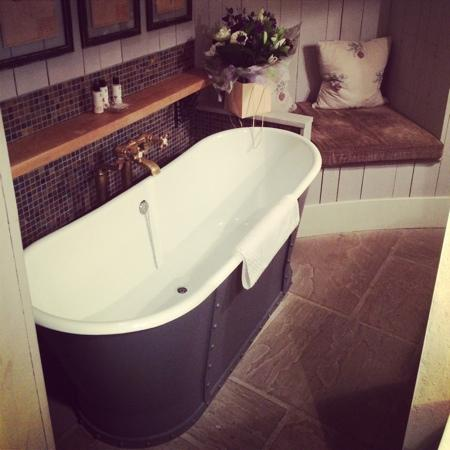 The bath in the Bothy