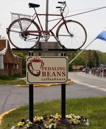 ‪Pedaling Beans Coffeehouse‬